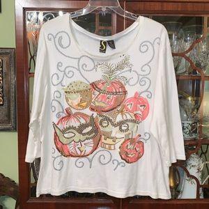 Tops - Halloween shirt